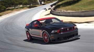 Ford Mustang Boss 302 Hot Lap Laguna Seca