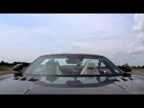 David Coulthard Vangt een Golfbal