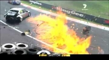 V8 Supercars 2011 - Bathurst 1000 Highlights