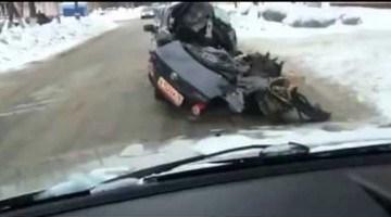 Smashed Toyota Corolla is schokkend