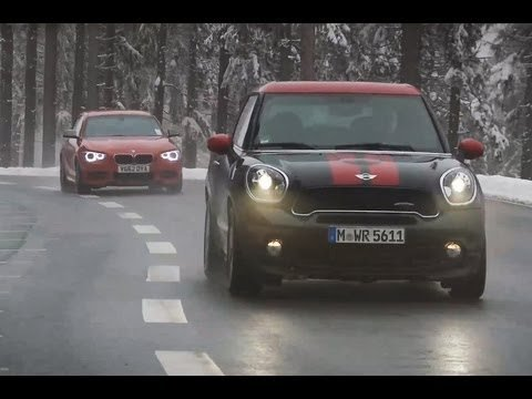 Mini JCW Paceman vs BMW M135i