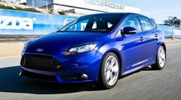 Best Drivers Car 2013 - Ford Focus ST Hot Lap