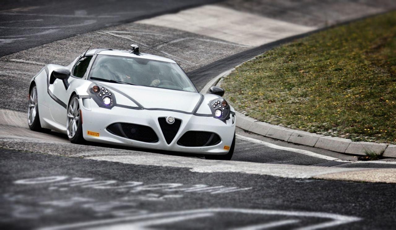 Alfa Romeo 4C Nurburgring Lap