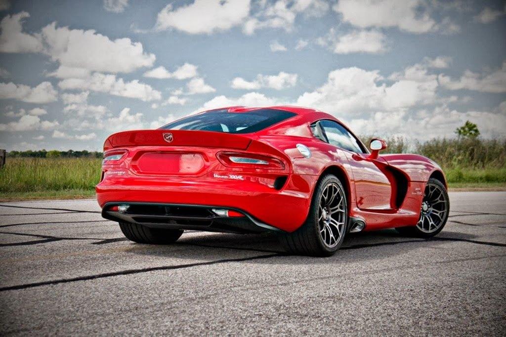 SRT Viper Heeft 700 pk Dankzij Hennessey