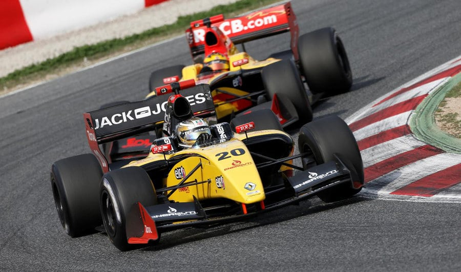 video world series by renault 2013 season review. Black Bedroom Furniture Sets. Home Design Ideas