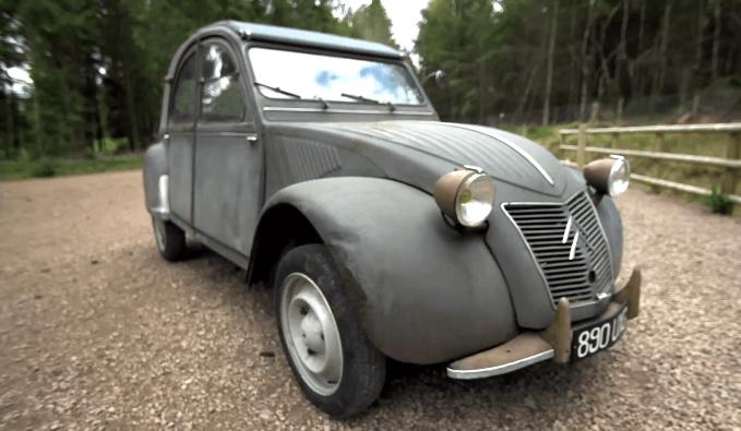 Chris Harris heeft een Citroën 2CV