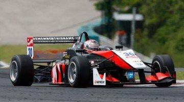 Formule 3 - Geen podium voor Verstappen in Hongarije