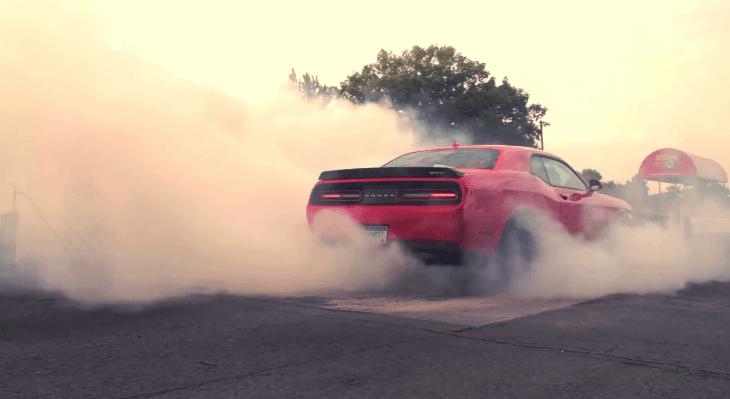 Dodge Challenger SRT Hellcat Burnouts