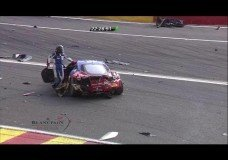 Eau Rouge Crashes Tijdens 24H Spa 2014
