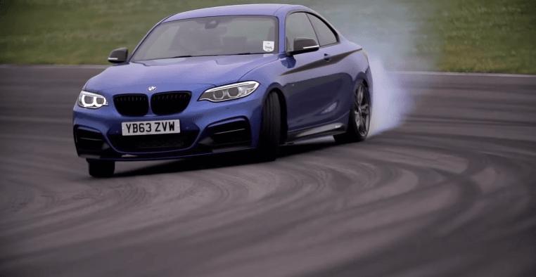 Chris Harris leert je driften met de BMW M235i