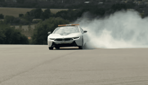 Ook met een BMW I8 kun je de Hoonigan uithangen