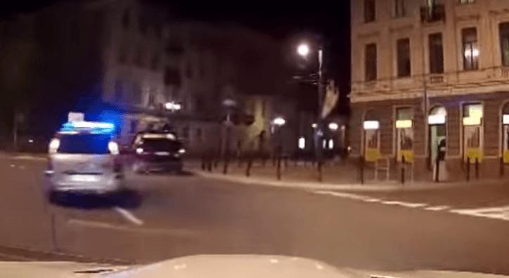 BMW M3 geeft geen f*ck om politie