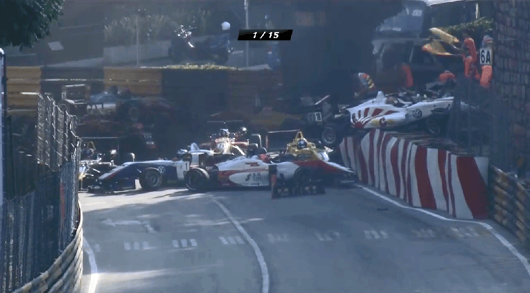 Grote startcrash bij Macau F3-race