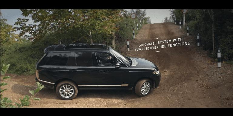 De nieuwe Range Rover heeft Off Road Cruise Control