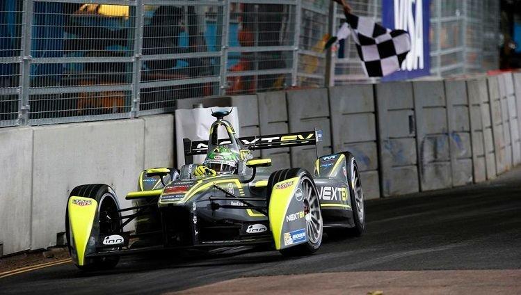 Formule E 2015 - Piguet Jr wint titel in London