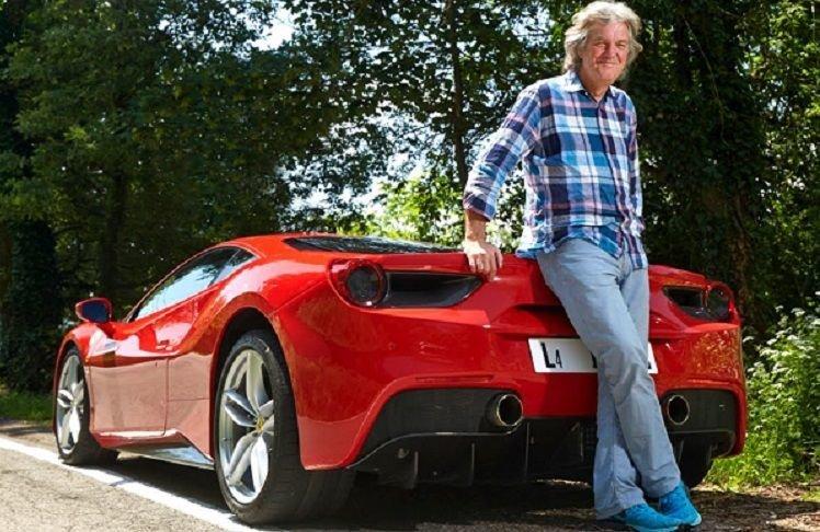 James May test de Ferrari 488 GTB