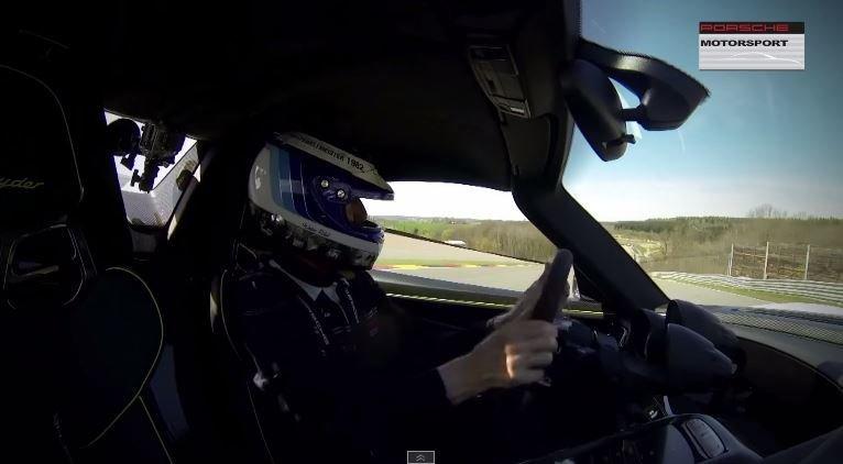 Walter Röhrl crasht met 918 Spyder