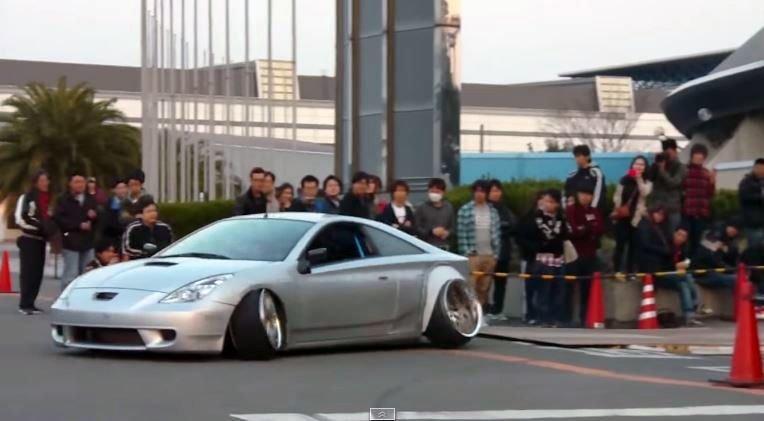 Toyota Celica heeft best veel negatieve camber