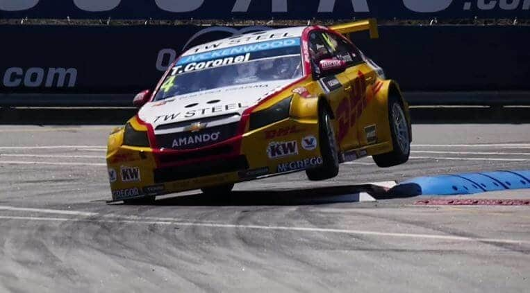 WTCC 2015 - Tom Coronel furieus in Vila Real