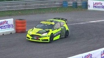 Valentino Rossi in de Ford Fiesta WRC