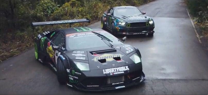 Lamborghini en Mustang driften er op los.