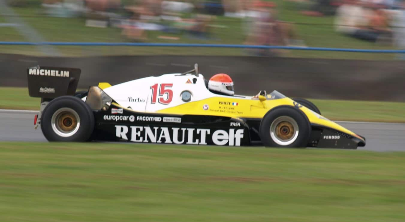 video de historie van renault in de formule 1. Black Bedroom Furniture Sets. Home Design Ideas