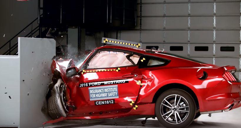 Muscle cars crashtest