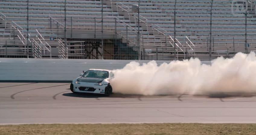 Ryan Tuerck gaat los op NASCAR-circuit