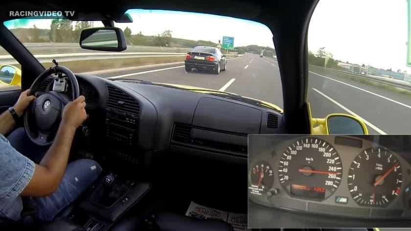 BMW E36 M3 & E46 M3 racen met hoge snelheid over Turkse Snelweg