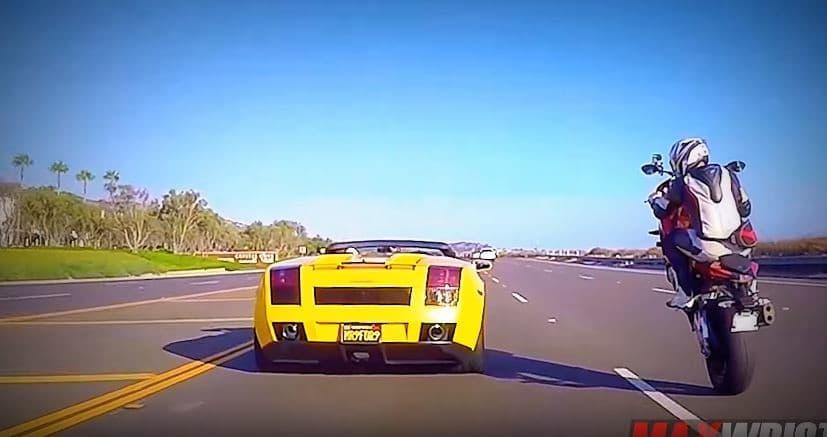 max-wrist-haalt-supercars-op-zijn-achterwiel-in