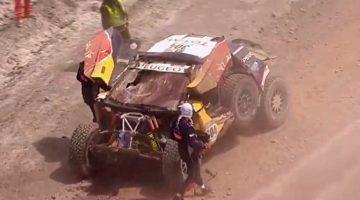 Carlos Sainz crasht heftig uit Dakar 2017