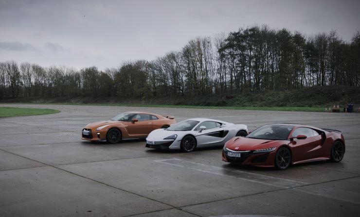 Nissan GTR vs Honda NSX vs McLaren 570C