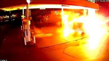 Uber-bestuurder ramt tankstation