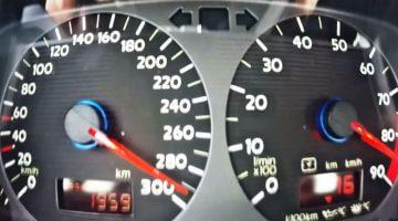 Boba Motoring Golf Mk2 blaast naar 300 kmh in 10 sec
