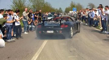 Cars-&-Coffee-Italië-is-niks-anders-dan-supercars-en-burnouts