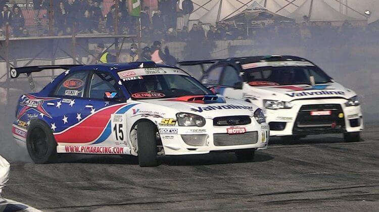 Mitsubishi Lancer Evo en Subaru Impreza STi WRX gaan samen dwars