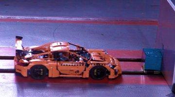 Porsche-911-GT3-RS-van-Lego-haalt-0-sterren-in-crashtest