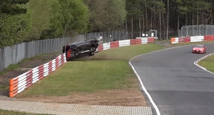 Renault over de kop in Schwedenkreuz