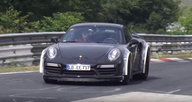 Porsche 911 Turbo S gespot met dikke wielkasten