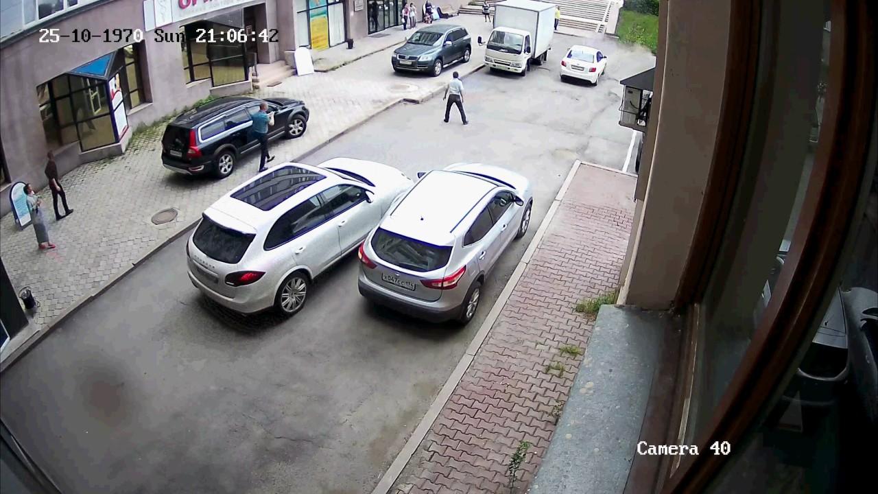 Как паркуется девушка за рулем видео приколы смотреть онлайн