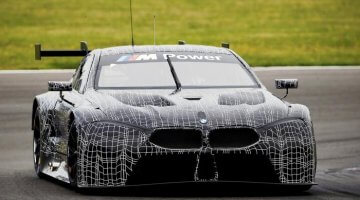 BMW M8 GTE Test