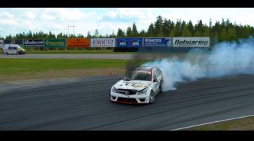 Black-Smoke-Racing's-Mercedes-W203.5-Estate