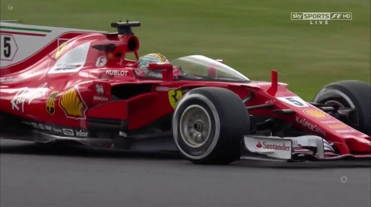 Vettel test Shield op Ferrari F1