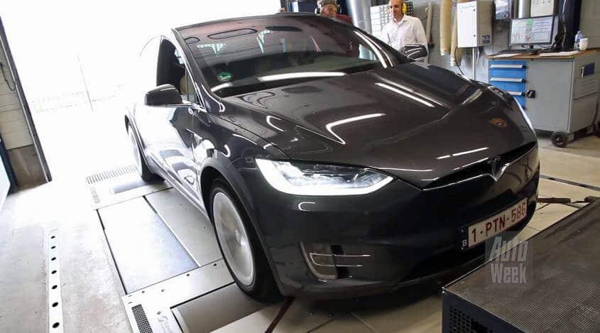 Tesla-Model-X-90D