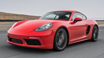 Porsche 718 Cayman S Hot Lap