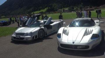 Supercars en Hypercars racen op een landingsbaan