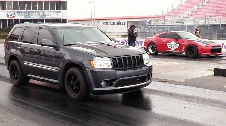 Jeep vs Nissan GT-R
