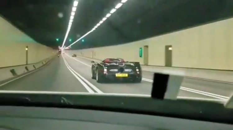Pagani-Zonda-F-Roadster-in-Tunnel