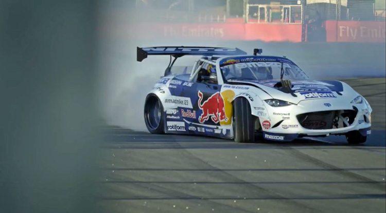 Mad-Mike-Rad-Bull-Daniel-Ricciardo