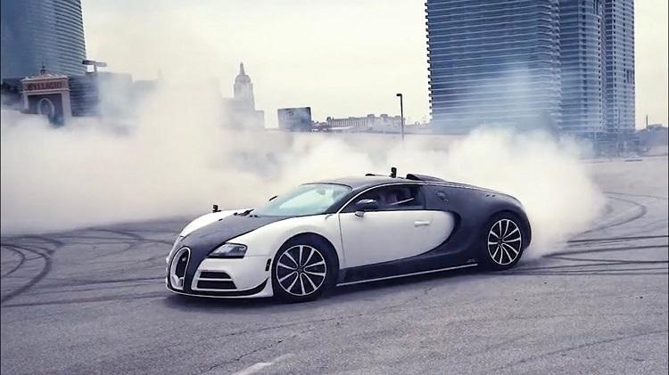 Bugatti Veyron Donuts